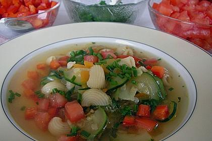 15 Minuten Gemüse-Nudel-Suppe 25