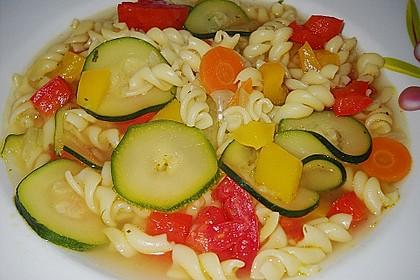 15 Minuten Gemüse-Nudel-Suppe 8