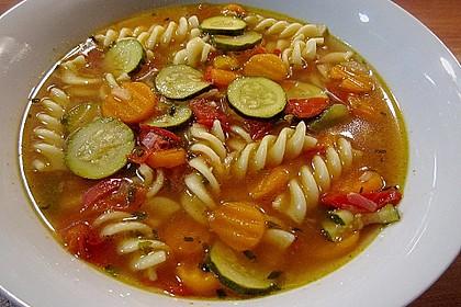 15 Minuten Gemüse-Nudel-Suppe 2