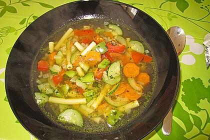 15 Minuten Gemüse-Nudel-Suppe 60