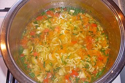 15 Minuten Gemüse-Nudel-Suppe 64