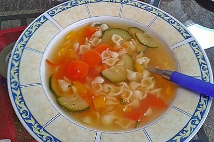 15 Minuten Gemüse-Nudel-Suppe 47