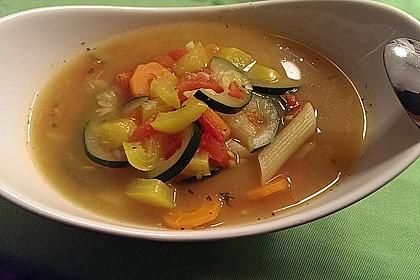 15 Minuten Gemüse-Nudel-Suppe 31