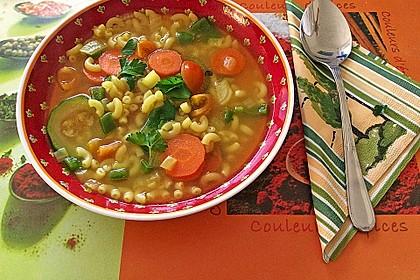 15 Minuten Gemüse-Nudel-Suppe 24