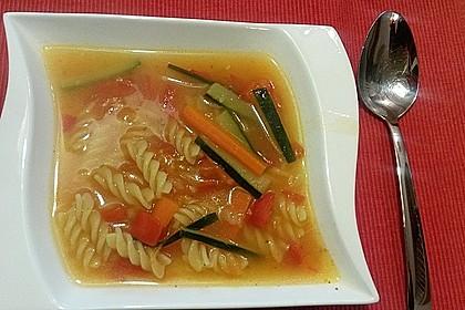 15 Minuten Gemüse-Nudel-Suppe 36
