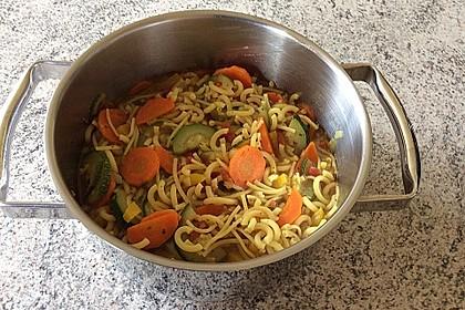 15 Minuten Gemüse-Nudel-Suppe 83