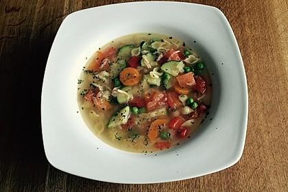 15 Minuten Gemüse-Nudel-Suppe 27