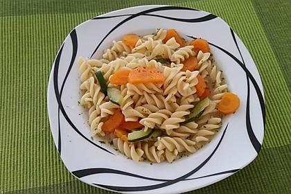 15 Minuten Gemüse-Nudel-Suppe 57