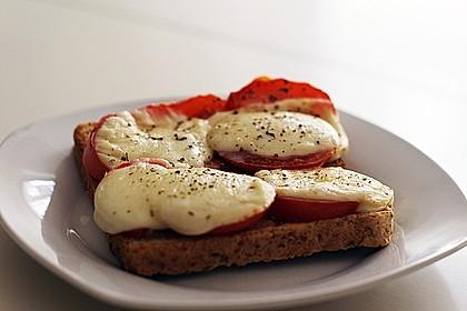 Toast Caprese 5