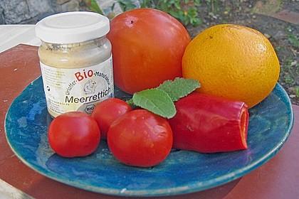 Wachmacher Smoothie aus Kaki, Orange und Tomate 2