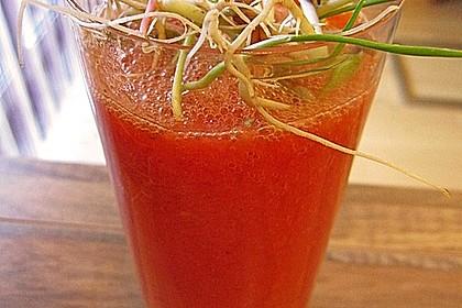Wachmacher Smoothie aus Kaki, Orange und Tomate 1