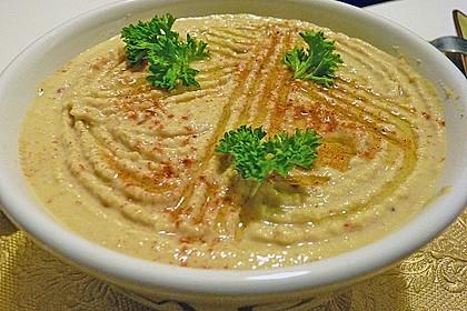 Hummus bi Tahina 6