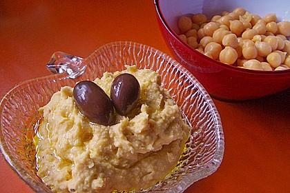Hummus bi Tahina 14