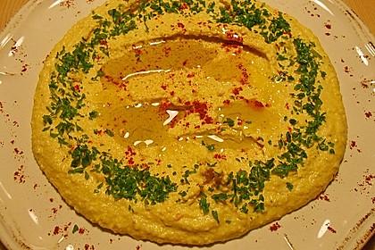 Hummus bi Tahina 15