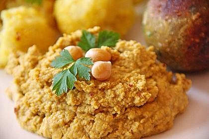Hummus bi Tahina 3