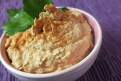 Hummus bi Tahina 1