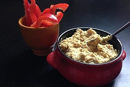 Hummus bi Tahina 10