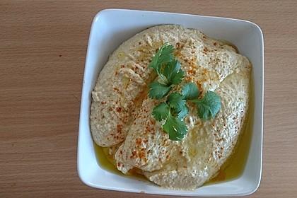 Hummus bi Tahina 20