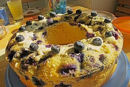 Rührkuchen mit Blaubeeren und weißer Schokolade 14