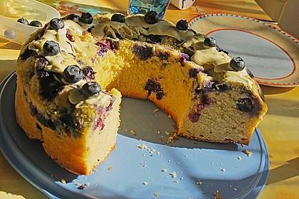 Rührkuchen mit Blaubeeren und weißer Schokolade 9