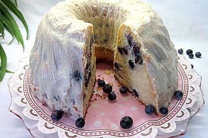 Rührkuchen mit Blaubeeren und weißer Schokolade 1