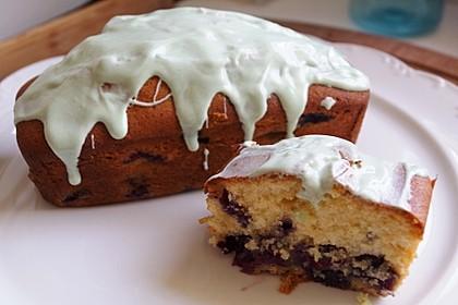 Rührkuchen mit Blaubeeren und weißer Schokolade 2