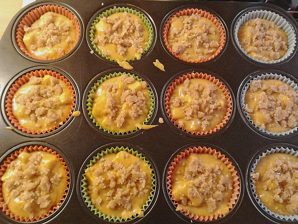 Pumpkin - Apple - Streusel Muffins (Rezept mit Bild) | Chefkoch.de
