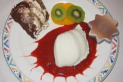 Kokos Panna Cotta mit Erdbeerpüree 5