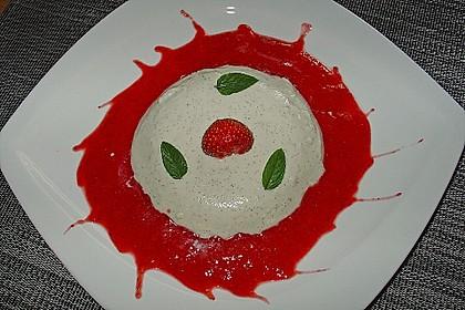 Kokos Panna Cotta mit Erdbeerpüree 9
