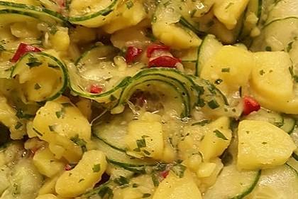 Kartoffel - Gurkensalat nach Oma Luise 7