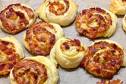 Blätterteig Pizza - Schnecken 2