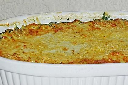 Blattspinat in Sahnesauce mit Käse überbacken 2
