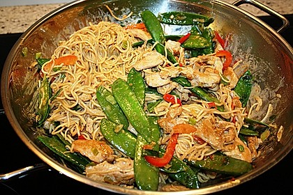 Asiatisches Nudel-Curry mit Hühnerbrustfilet 6