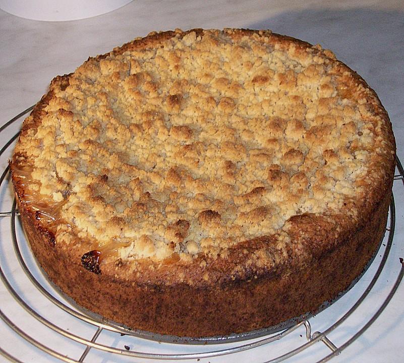 Apfel - Wein - Kuchen mit Vanillepudding und Streuseln von ...