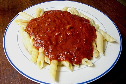 Spaghetti mit fruchtig - scharfer Tomatensoße 1
