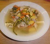 Gemüsesuppe klassisch (Bild)