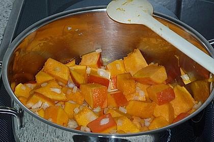 Kürbissuppe mit Krümel - Hack und Buttergemüse 9