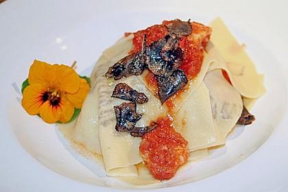 Trüffel - Fazzoletti mit Garnelen und Tomatensauce