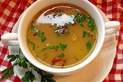 Töginger aufgeschmolzene Grießsuppe