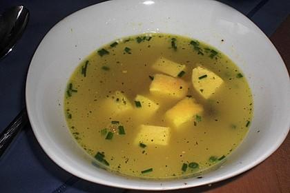 Töginger aufgeschmolzene Grießsuppe 9