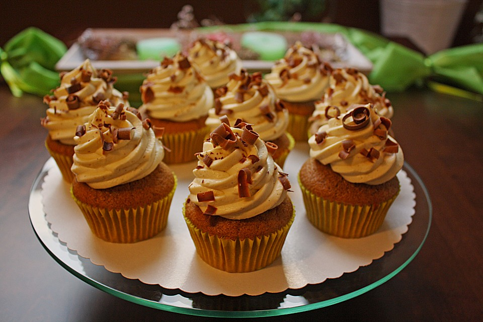 tiramisu cupcakes mit mascarponecreme von pumpkin pie. Black Bedroom Furniture Sets. Home Design Ideas