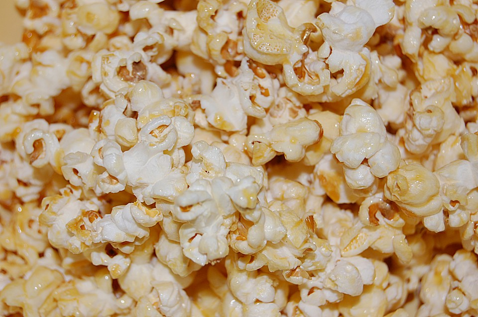perfektes popcorn s rezept mit bild von letzing. Black Bedroom Furniture Sets. Home Design Ideas