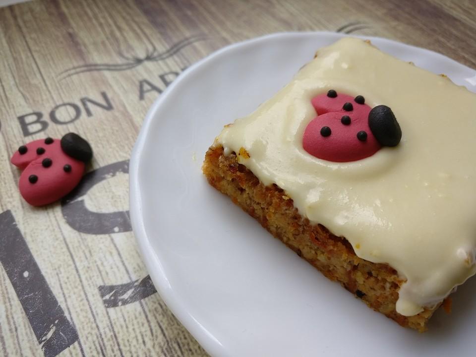 Saftiger Karottenkuchen ohne Margarine o. ä. von Rattenliebhaberin ...