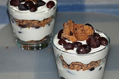 Dessert mit Weintrauben 15