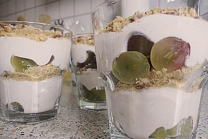 Dessert mit Weintrauben 48