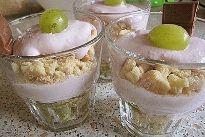 Dessert mit Weintrauben 44