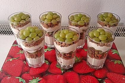 Dessert mit Weintrauben 16