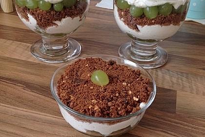 Dessert mit Weintrauben 17