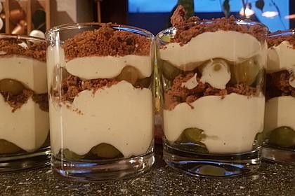 Dessert mit Weintrauben 53