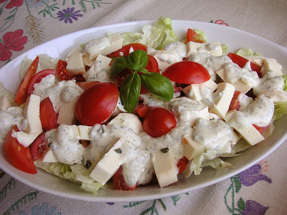 eisbergsalat mit mozzarella